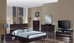 Aurora Bedroom Set in Wenge