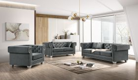 Clover Traditional Living Room Set in Gray