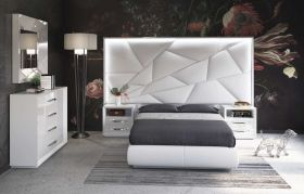 Dothan Modern Bedroom Set with Light in High Gloss White