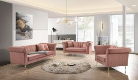 Lexington Traditional Living Room Set in Dusty Rose