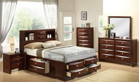 Linda Bedroom Set in Merlot