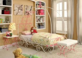 Princess Carriage Youth Novelty Bedroom Set in Pink & White