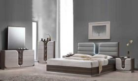 Searcy Modern Bedroom Set in Zebra Wood & Beige PU