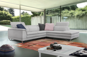 Siena Modern Right Sectional Sofa in White