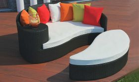 Taiji Outdoor Patio Wicker Rattan Daybed in Espresso Multicolor