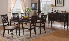 Traverse Traditional Dining Room Set in Cherry