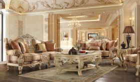 Yakima Traditional Living Room Set in Antique Gold