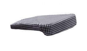 Zuo Vision Cushion in Houndstooth